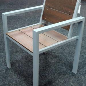 Evaglade chair angle