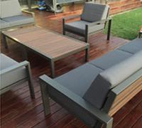 Evaglade lounge set brown