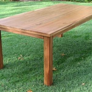 Kiaat table 110x220