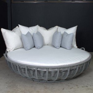 Clovelly Daybed